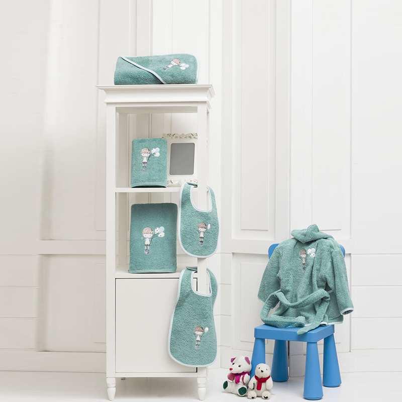 peignoir de bain enfant brod fred la compagnie du blanc. Black Bedroom Furniture Sets. Home Design Ideas