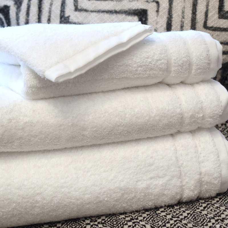 drap de bain 100x150 collection grand hotel 650 gr m la compagnie du blanc. Black Bedroom Furniture Sets. Home Design Ideas
