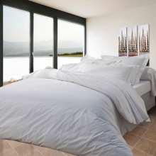 housse de couette en lin la compagnie du blanc. Black Bedroom Furniture Sets. Home Design Ideas