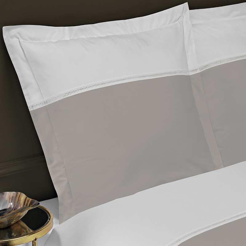 Housse de couette 240x260 venise jour echelle blanc gris perle la compagnie du blanc - Housse de couette 240x260 gris ...