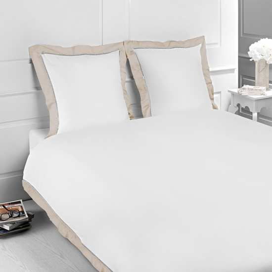 linge de lit satin de coton jour echelle la compagnie du blanc. Black Bedroom Furniture Sets. Home Design Ideas