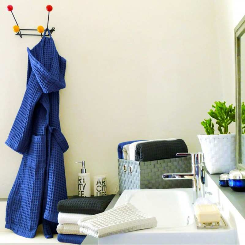 serviette de bain nid d 39 abeille la compagnie du blanc. Black Bedroom Furniture Sets. Home Design Ideas