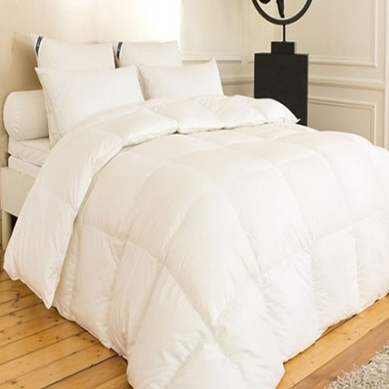 couette duvet anti acarien la compagnie du blanc. Black Bedroom Furniture Sets. Home Design Ideas